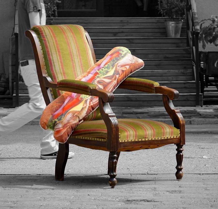 160629-POP-UP-BEIJING-Featured-Product-Belgian-Chair-Pootsh-Sandwich.jpg