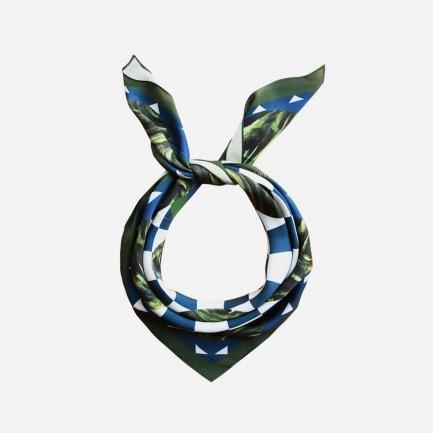 Blue Swirling Sphere真丝丝巾