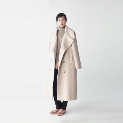 【无现货定制 2周后发货】2014A/W 杏仁色翻领羊驼毛外套