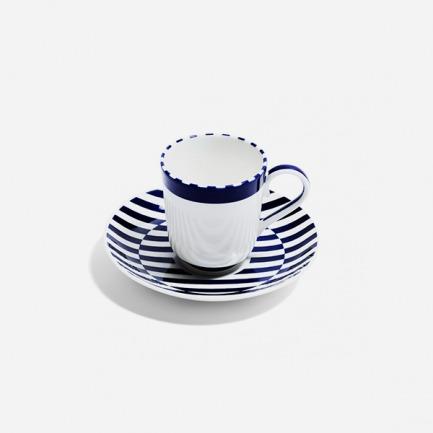 骨瓷与金咖啡杯套组 | 视错觉创意弯曲图案