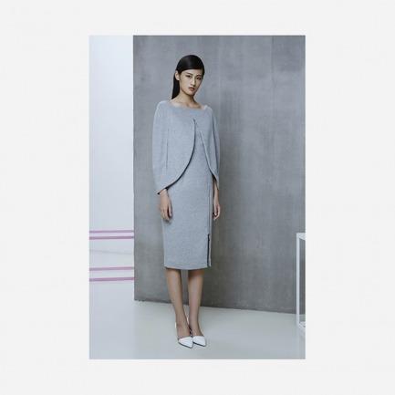 (限时折扣原价 4600元)灰色羊毛斗篷连衣裙