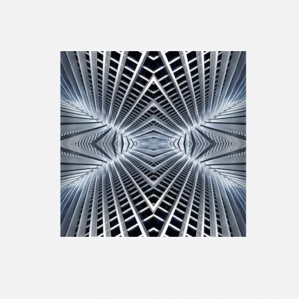 X空间图案丝巾