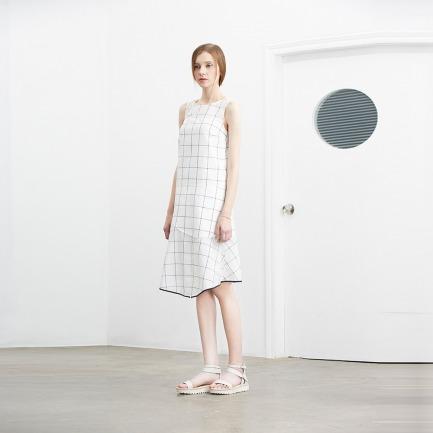 Simply Grid不对称剪裁格纹连衣裙