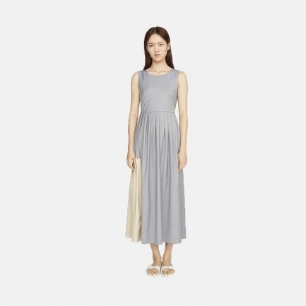 撞色拼接灰色无袖圆领叠褶连衣裙