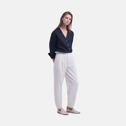 米色砂洗丝棉打褶灯笼裤