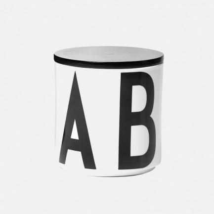 丹麦的时尚家品品牌DESIGN LETTERS 【AJ VINTAGE ABC】系列 字母置物罐/花器