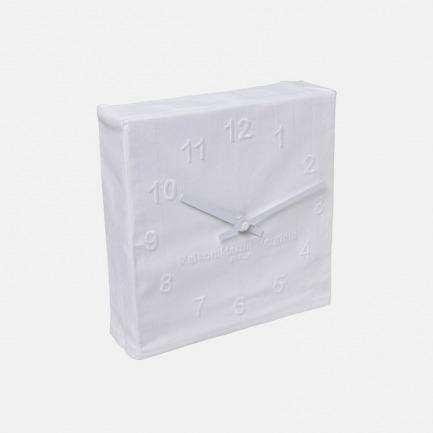 布面刺绣钟表 | Margiela玩味时间设计 净白质感钟表摆件