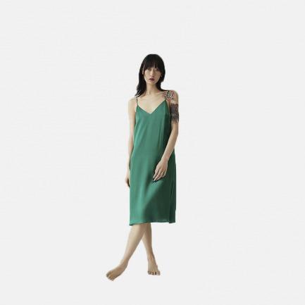V型吊带裙 | 修饰胸型 展现完美身材