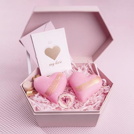 《敲开心》巧克力永生花礼盒 | 2018情人节TA的粉红心等你来敲开