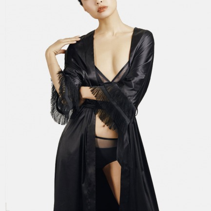 静谧黑绑带长袍 流苏边七分袖 | 腰间绑带轻系 穿着出街也可以