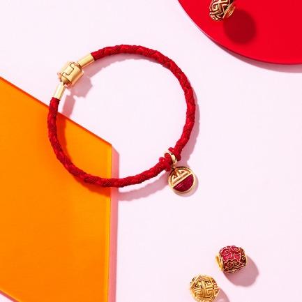 故宫红珐琅开运红绳手链-多款 | 把吉祥美好的寓意佩戴在身上
