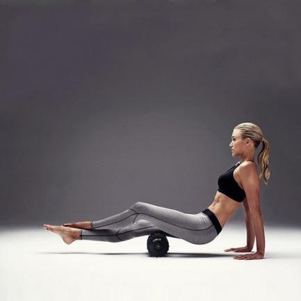 带震动的泡沫健身轴 | 真人按摩体验 深度放松肌肉