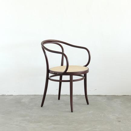NO.30 Chair 复古椅 | 爱因斯坦、毕加索都爱的经典设计