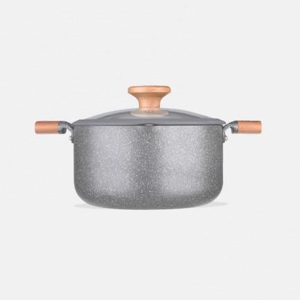 能煎炸炖煮的全能汤锅4.3L  | 简约轻巧导热快 安全不粘底