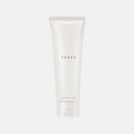 天然植物平衡泡沫洁面乳   温润绵密泡沫 深入清洁皮肤