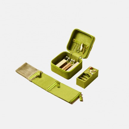 法兰绒多功能收纳小方盒 | 外形小巧,功能强大