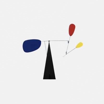 动态雕塑平衡装置 | 大胆的基色,漂浮杆