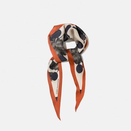玫瑰图鉴波点斜纹菱形丝巾   优质桑蚕丝 挺括立体