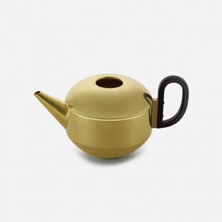 手工捏制黄铜茶壶 |让品茶成为诗情画意的娱乐、自我实现的方法
