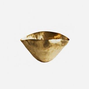 手工捏制的黄铜容器-小号 | 英国鬼才设计师的生活美学