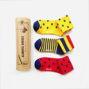 英伦波点条纹中筒袜套装(黄蓝红色系)