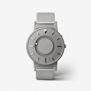 Bradley 银色表带触感设计腕表