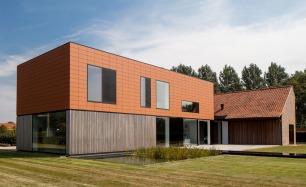 Lokeren House: Pascal François brings a contemporary spin to a barn conversion