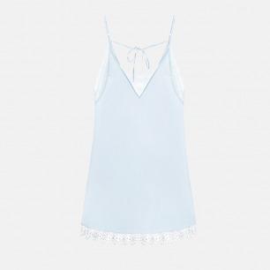 冰蓝真丝拼雪花蕾丝后背系带短睡裙