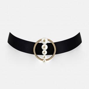 环形镶钻贝珠颈链  豌豆系列 | 造型优雅别致 柔和贝珠嵌有闪耀碎钻
