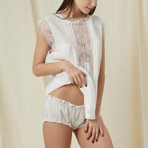 舒适白麻 娃娃式睡衣套装   性感与天真并存