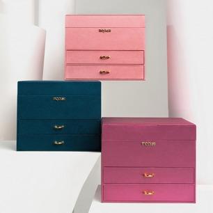 优雅大容量三层首饰盒   外观设计优雅 共三款颜色