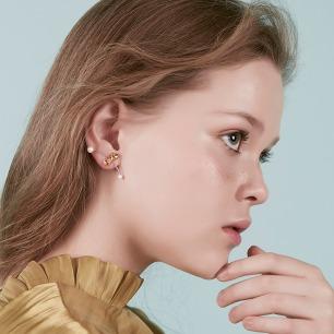 蝴蝶意面滑动耳钉/耳挂 | 纯银镀18K金 施华洛世奇珍珠
