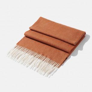 韵味十足的双色羊绒流苏围巾   面料舒适度高 低调的高级感