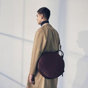 原创设计圆饼手提双肩包 | 独特的外形 三种使用方式