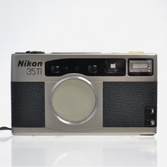 NIKON 35TI 35MM FILM CAMERA