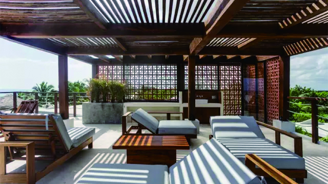 一座墨西哥海滨酒店里的玛雅文明/一座墨西哥海滨酒店里的玛雅文明