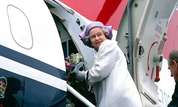 相比女王头衔,她更爱周游世界/相比女王头衔,她更爱周游世界
