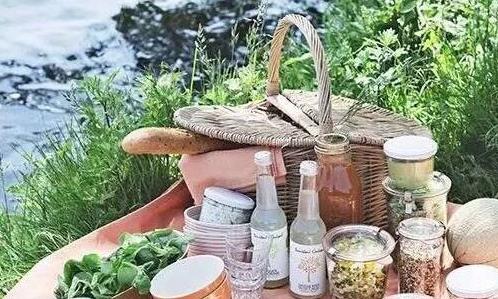这个夏天,还差一场完美的野餐/这个夏天,还差一场完美的野餐