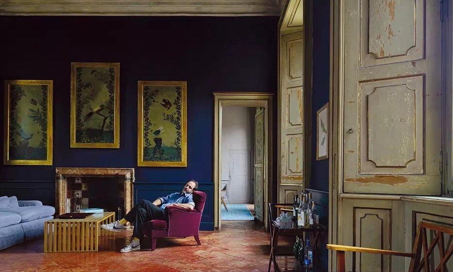 这位意大利导演把自己的家打造成了终极片场/他把自己的家打造成了终极片场