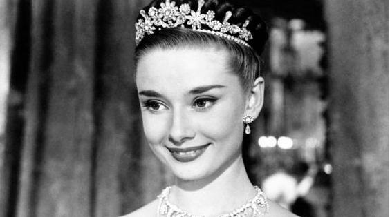 公主是时装潮流真正的代言人/公主是时装潮流真正的代言人