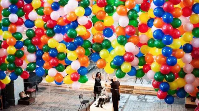 在悉尼歌剧院里腾空飞是什么感觉?/在悉尼歌剧院里腾空飞是什么感觉?