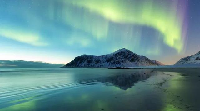 看极光一定得去北欧?这里一年有240天可以看极光/看极光一定得去北欧?这里一年有2