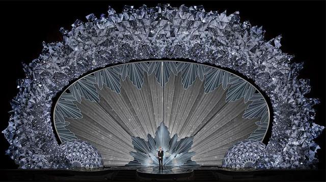 连续6年的奥斯卡舞台设计,竟然出自同一位设计师/连续6年的奥斯卡舞台设计,竟然出