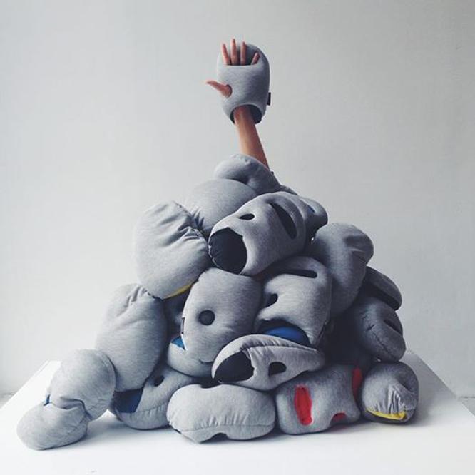 Mini鸵鸟枕【黑色】