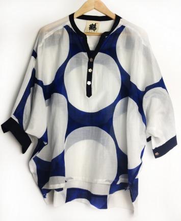 《鶴》鏡花緣系列 榴藍玉盤儒 T恤