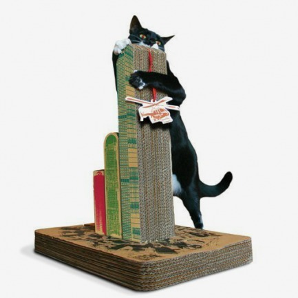 英国Luckies 城市风景猫咪磨爪器