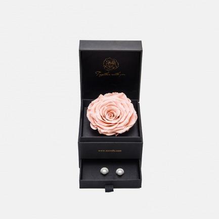 女神永生花珠宝礼盒 | 18K金 淡水珍珠耳钉