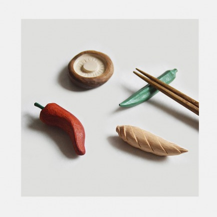 手工雕刻 实木时蔬 筷枕
