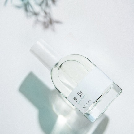 晨湖-瓦尔登湖的安宁 | 中国首个调香设计师品牌