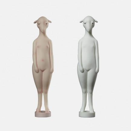 站着的羊 个性艺术摆件 | 刻画传神 造型独特而大胆